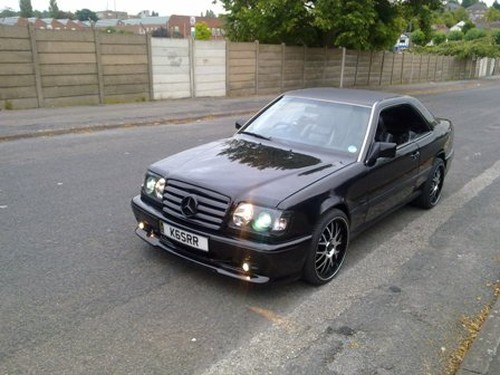 Car swappers view used cars for Mercedes benz 1990 e300